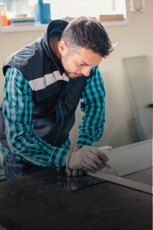 Nous assurons la prise des mesures pour vous garantir une fabrication personnalisée